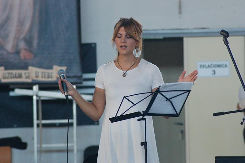 Mihaela Gradečak pjevačica kristofori Slavljenički tim