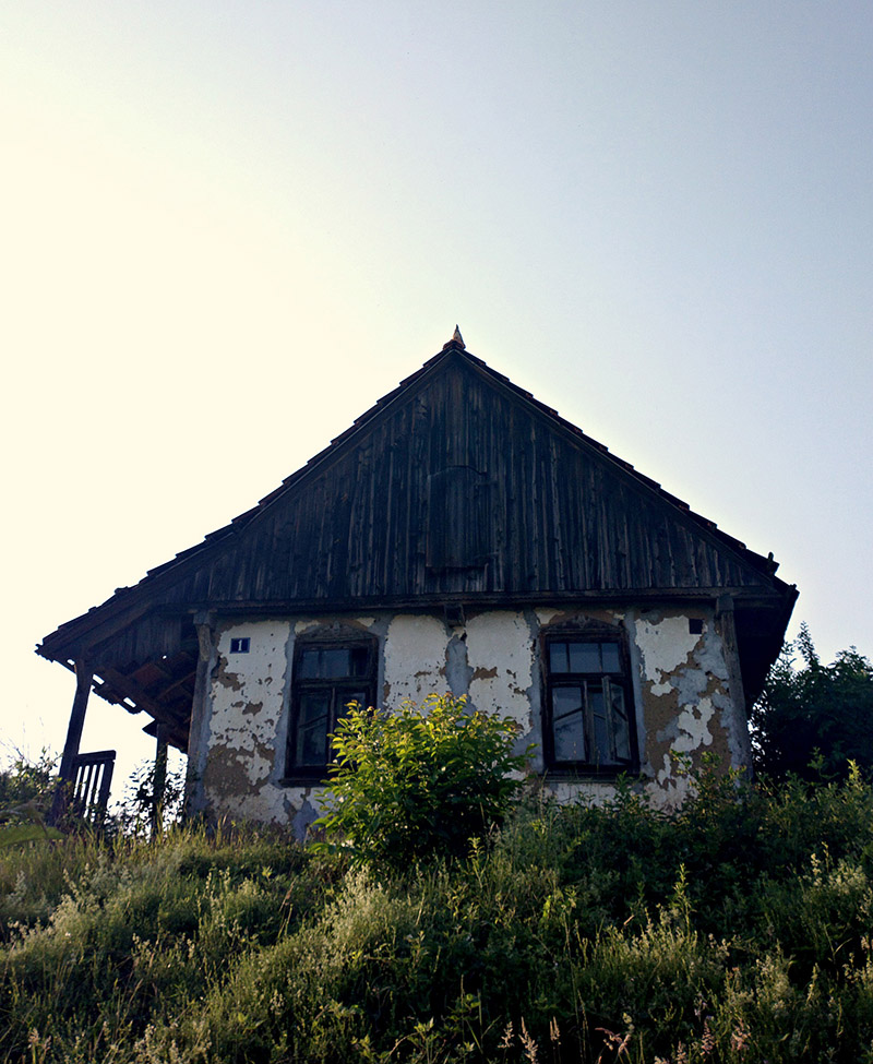 An old house on the hill - fotografirao Slaven Bandur