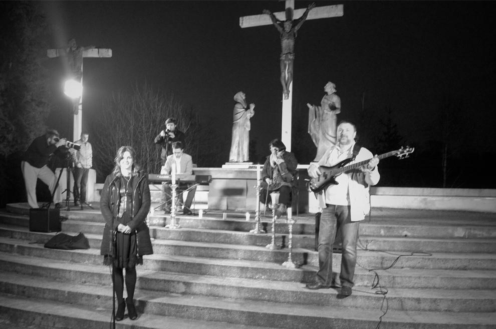 """O pjesmi benda """"Kristofori Hosana"""" Večernji susret book evangelizacija"""