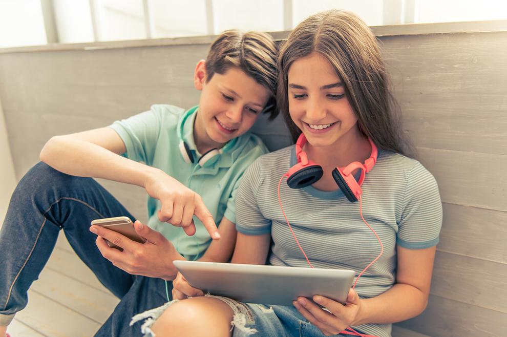 Kako pomoći tinejdžeru da se osjeća voljenim i prihvaćenim