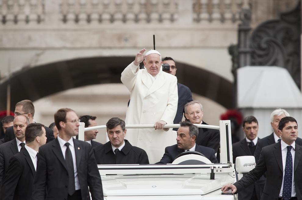 Papa Franjo: Ideja 'samoubojice-atentatora' nema ništa s kršćanskim mučeništvom!