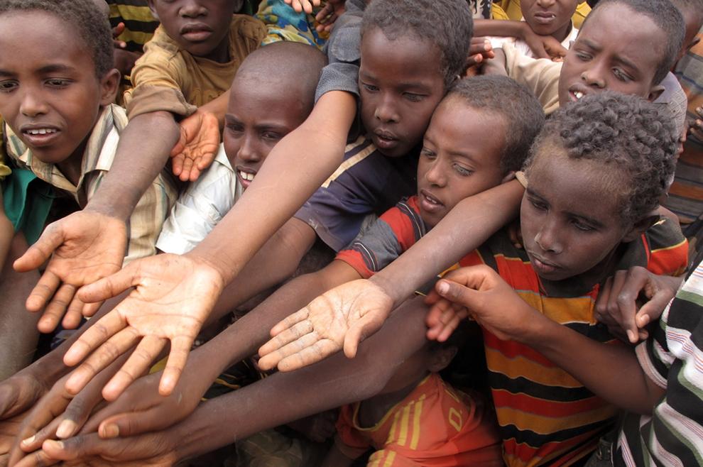 Papa: Samo napor nadahnut autentičnom solidarnošću, može umanjiti broj osoba koje su pothranjene i lišene potrebnoga za život