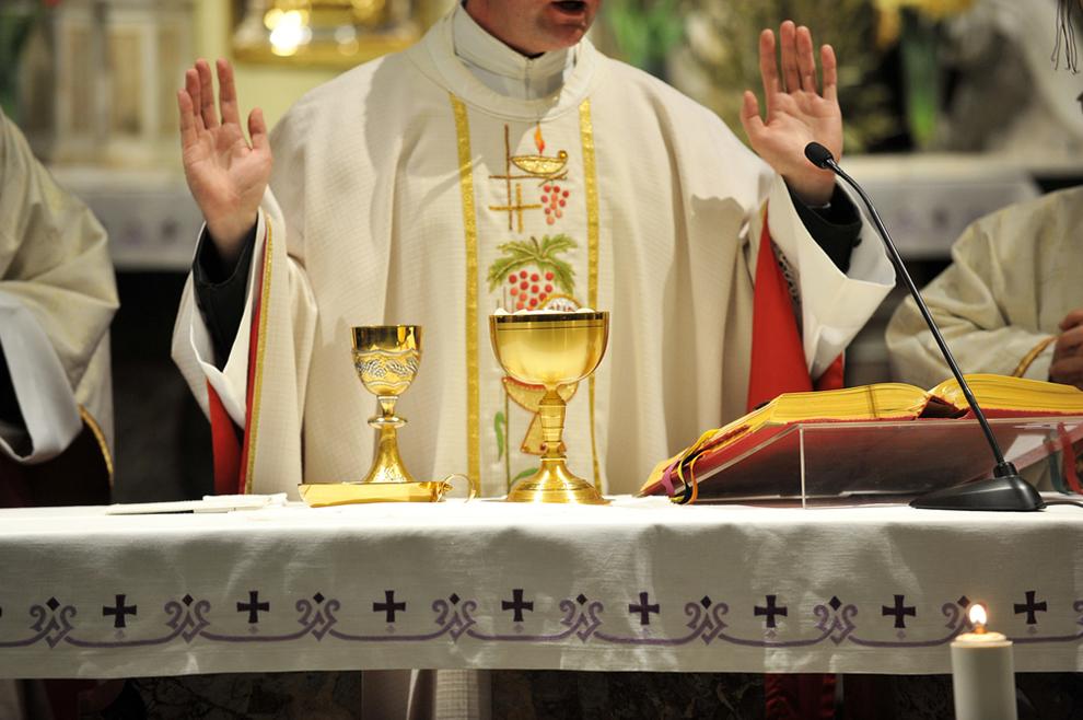 """Što se događa kada svećenik kaže """"Molite, braćo i sestre, da moja i vaša žrtva bude ugodna Bogu…"""""""
