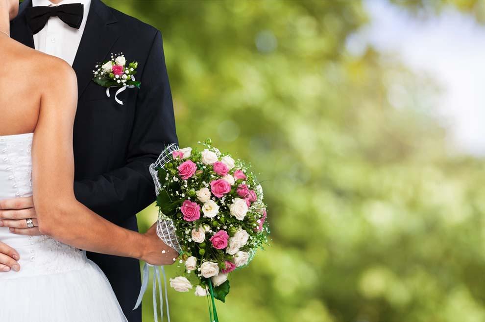 """Ako je Bog rekao """"nije dobro da čovjek bude sam"""" i zato """"muško i žensko stvori ih"""", nije li onda osoba u celibatu zakinuta za ljubav koji imaju bračni drugovi"""