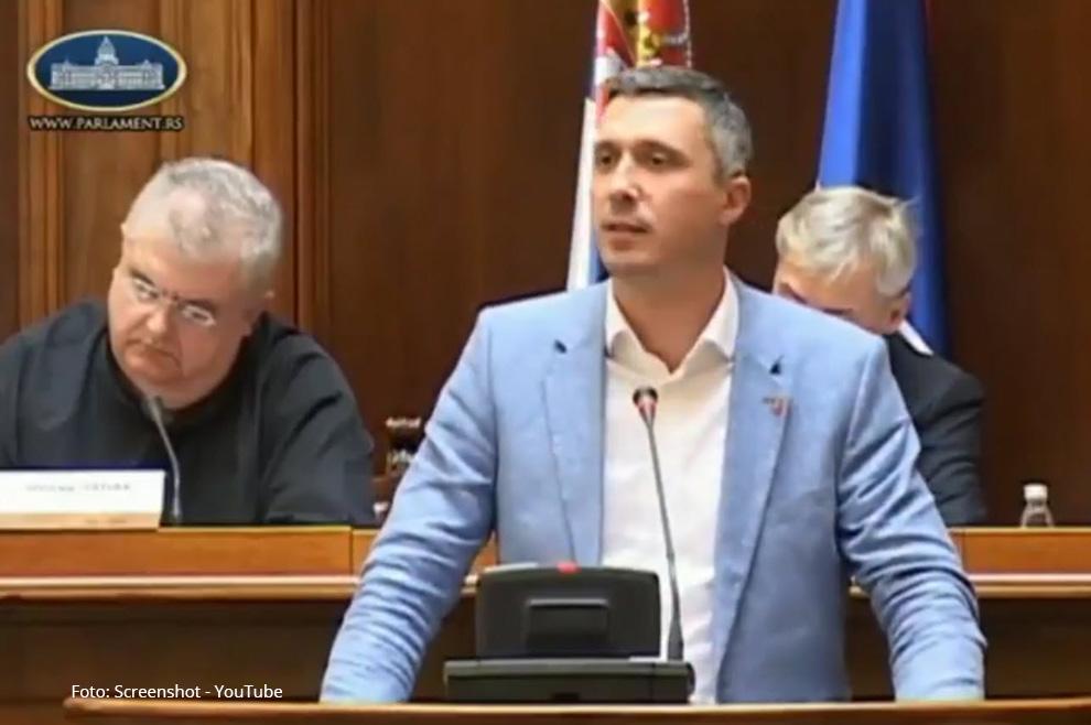 Govor srpskog političara koji je pregledalo nekoliko milijuna ljudi