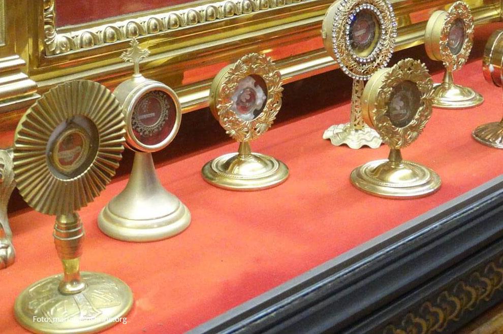 Zašto Crkva štuje relikvije svetaca?