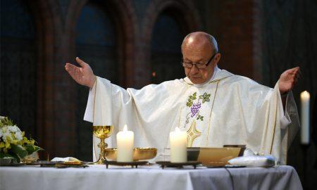 'Da bismo istinski primili Kristovo Tijelo i Krv, moramo u našoj braći prepoznavati Krista'