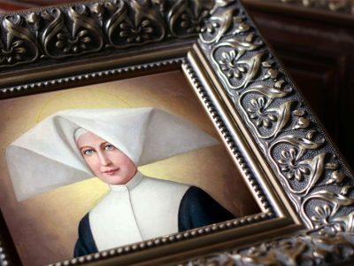 Sveta Katarina Labouré – svetica Marijine čudotvorne medaljice