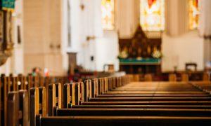 Kako su nastale crkvene klupe