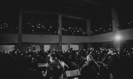 Pogledajte kako je izgledala velika večer slavljenja u Osijeku: Gotovo tisuću mladih vjernika pjesmom slavilo Gospodina