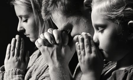 U čemu se očituje posvetiteljska služba roditelja?
