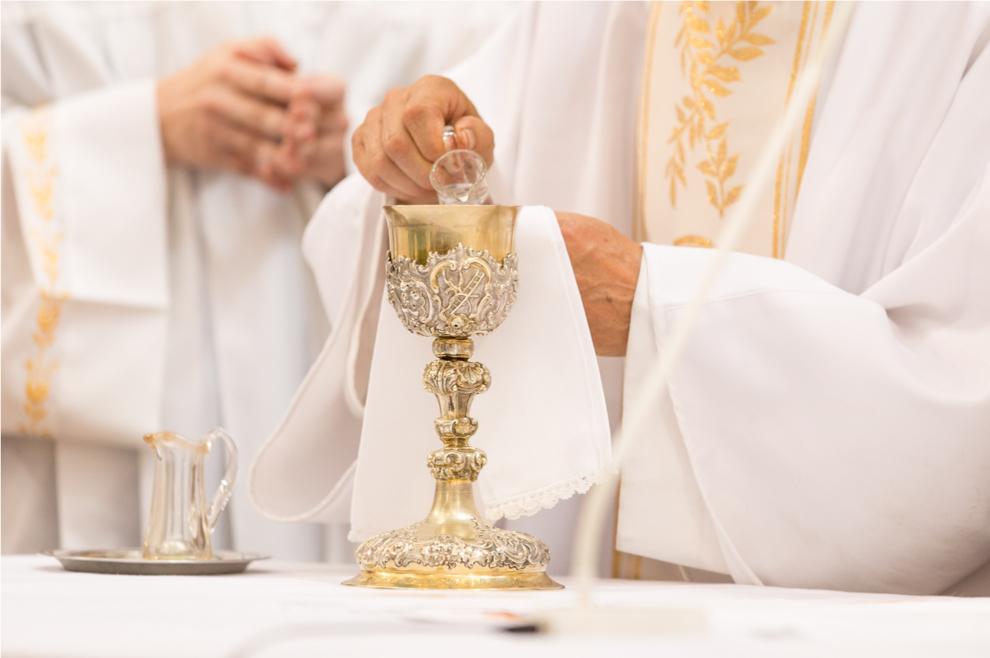 """""""Zamjerala sam nekim svećenicima što nisu dovoljno dobri i sveti, sve dok nisam shvatila…"""""""