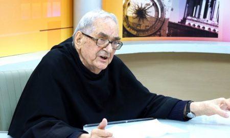 Fra Josip Marcelić, poznat po proučavanju Turinskog (Torinskog) platna, preminuo je nakon kratke bolesti u subotu, 20. siječnja u 89. godini života, 71. godini redovništva i 65. godini svećeničke službe