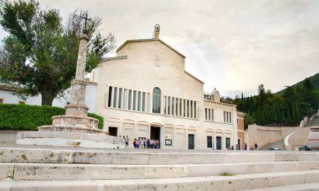 Jedinstvena hodočašća te susret i sveta Misa s papom Franjom u San Giovanni Rotondu