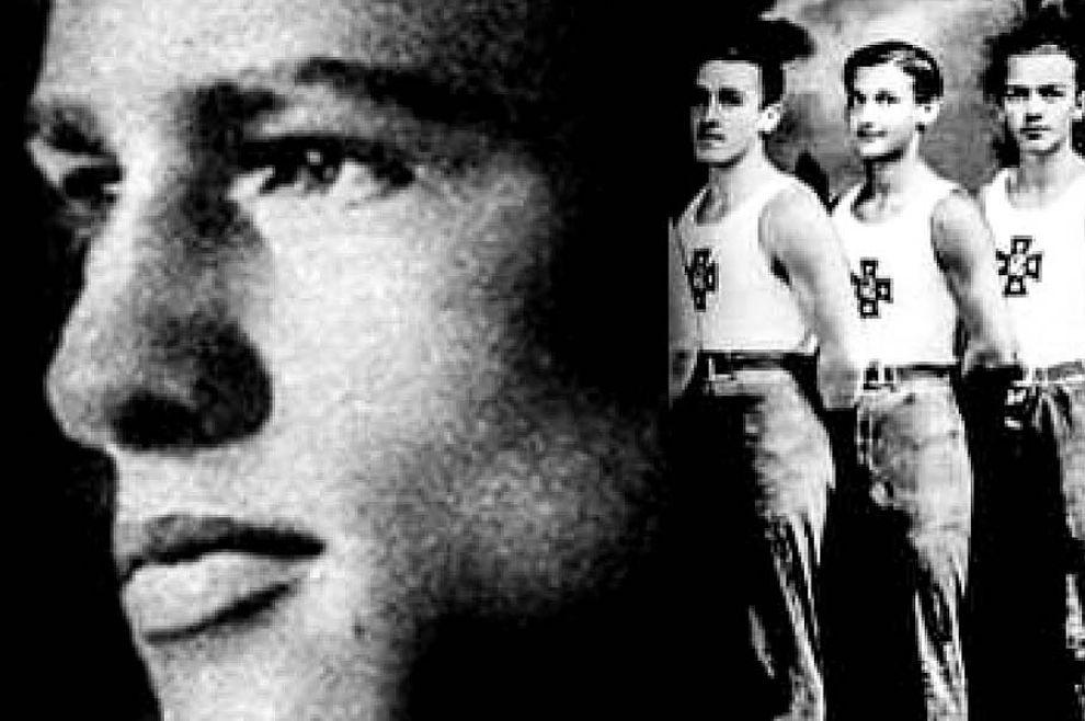 Osvojio je nekoliko zlatnih medalja u gimnastici, a danas je na putu svetosti