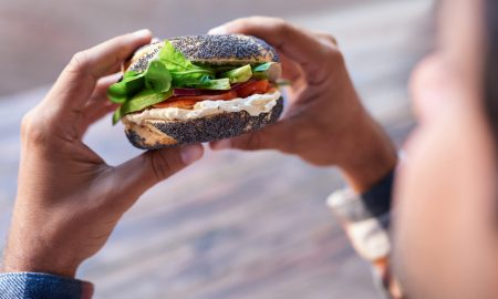 Emocionalna glad - kako ju prepoznati i što učiniti kada ju osjetimo