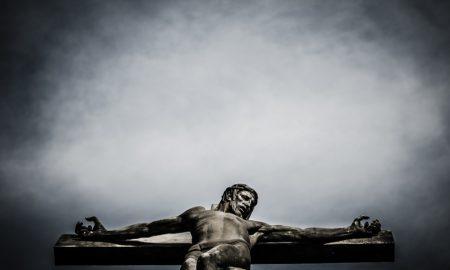 Fra Zvjezdan Linić: I ja sam podno tvoga križa, Isuse, jer umireš za grijehe čitavoga svijeta. Oprosti i meni!
