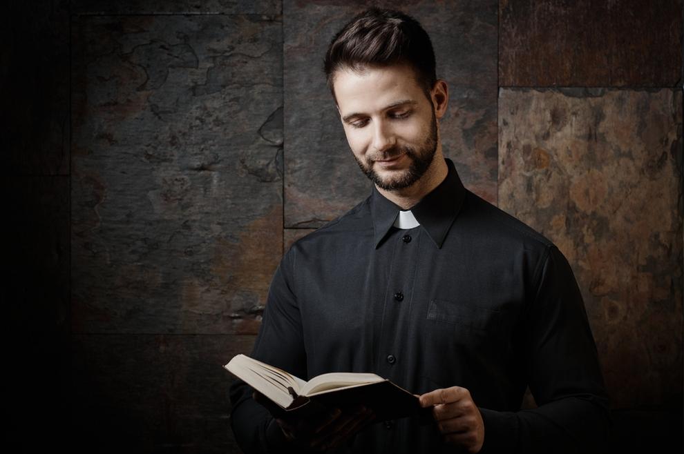 Kako izgleda savršeni svećenik