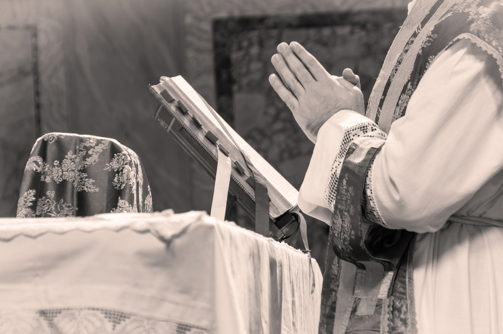 """Susreo sam se sa svećenikom koji me je silovao i rekao mu: """"Ako želite ići u nebo sa mnom, morate tražiti oprost"""""""