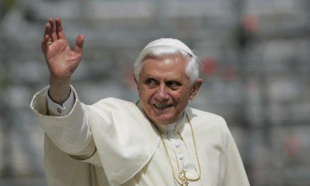 """Papa Benedikt XVI. naslućuje svoje odlazak u vječni život - odlučio je na vrijeme reći """"zbogom"""""""