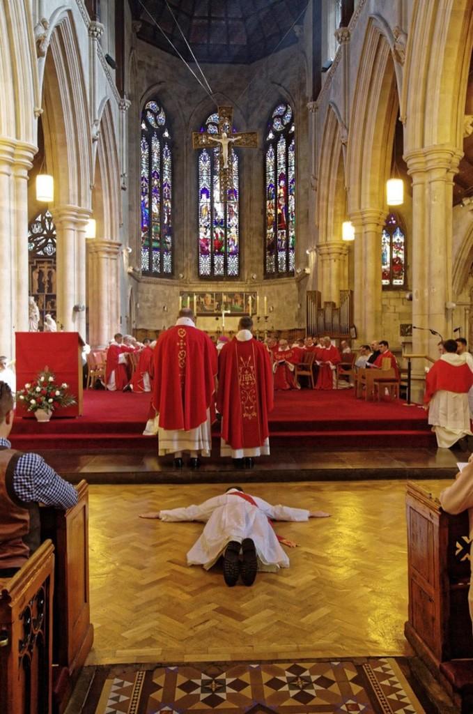 Bivši nogometaš glamurozni život zamijenio svećeničkim pozivom