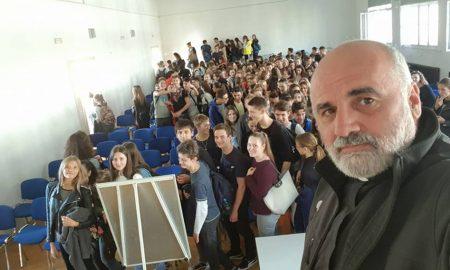 Omiljeni duhovnik mladih na godinu dana odlazi iz Hrvatske