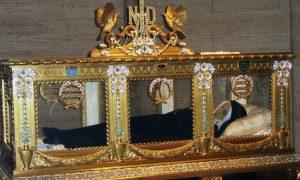 Tijelo svetice kojoj se je Gospa ukazala prije 160 godina i danas je neraspadnuto!