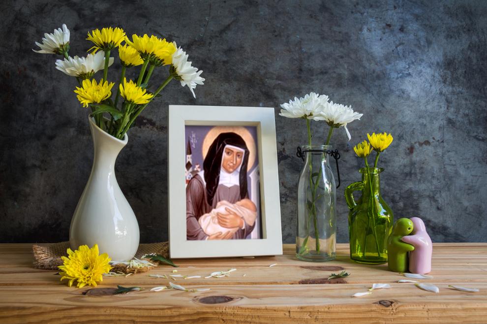 Sveta Lujza de Marillac – zajedno sa sv. Vinkom Paulskim osnovala je Družbu sestara milosrdnica