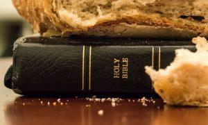 Oni koji čitaju Božju Riječ, jedu živi kruh