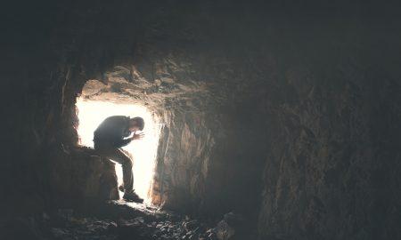U askezi se čovjek uzdiže Bogu, a u mistici Bog silazi čovjeku
