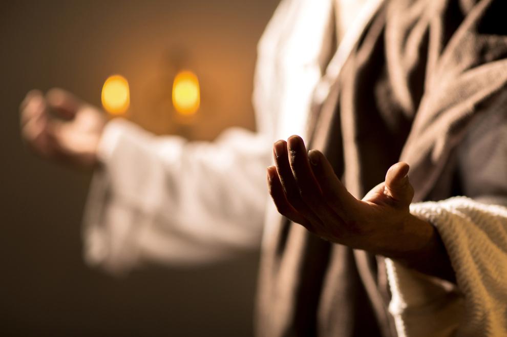 Znao sam da je za svakog obraćenika molila baka, ili majka moliteljica, ali sad shvaćam da se tu događalo još nešto