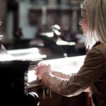 Rekla je svom župniku da više neće dolaziti u crkvu... On ju je zamolio za jednu uslugu
