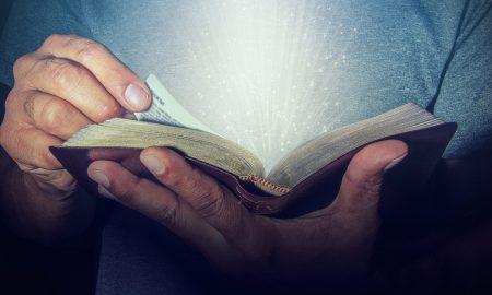 Životi apostola počeli su se zaista mijenjati tek kad je Isus puhnuo u njih