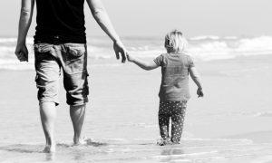 """Svjedočanstvo jednog oca Ako djeci kršćanstvo prikažemo na """"dječji način"""", riskiramo da ga odbace kada odrastu"""