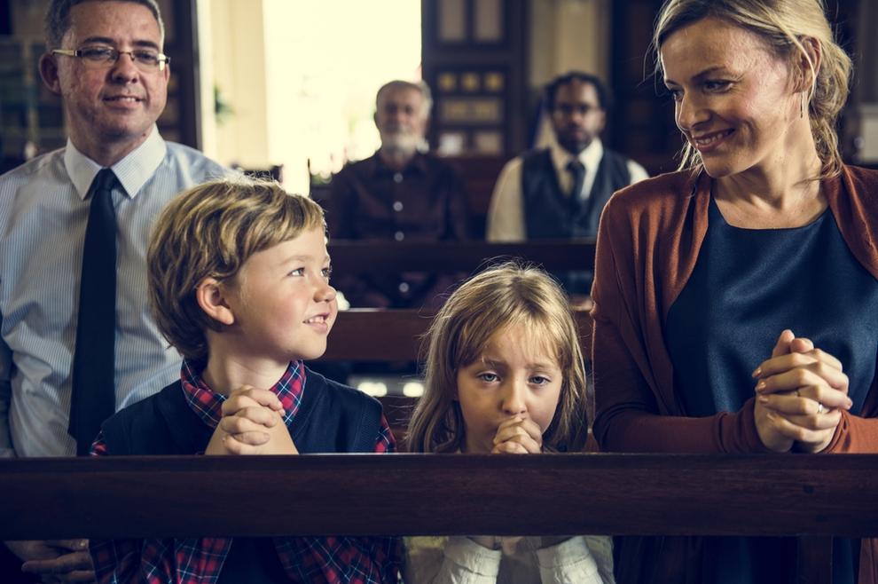 Trebaju li roditelji voditi malu djecu na svetu misu