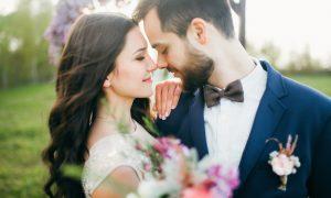 Kardinal Suenens muškarcima i ženama savjetuje što je potrebno za sreću u braku