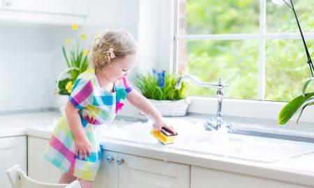 Kada djeca čiste kuću
