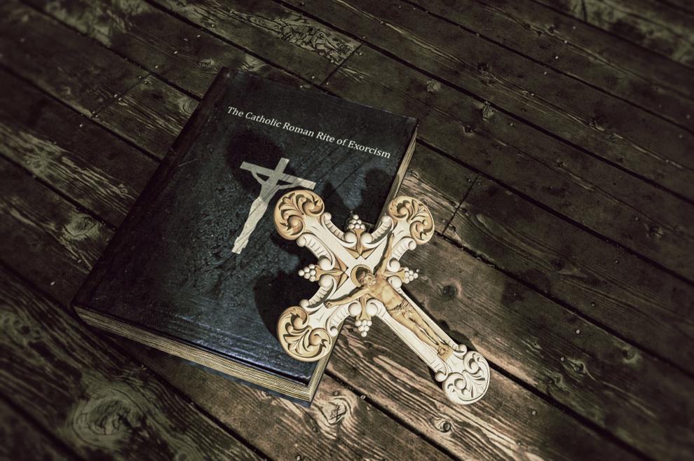 Jeste li znali da postoje dvije vrste egzorcizma - Book.hr
