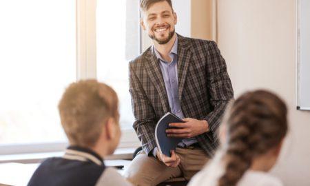 """Kako sam postao vjeroučitelj """"Kada sam ušao u tu učionicu, znao sam da mi je ondje mjesto!"""""""