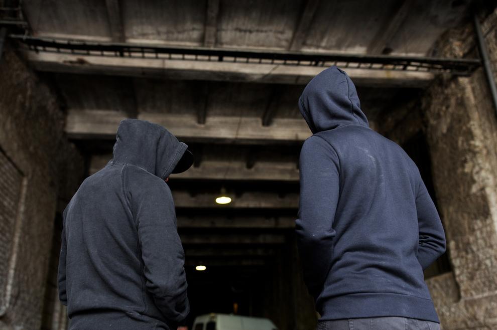Mladići koji su nosili okrenute križeve napali zadarskog župnika