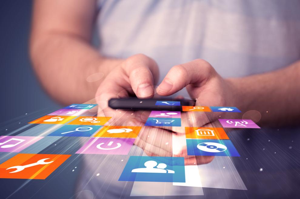 Stalno provjeravaš Facebook, Instagram, Snapchat Ovo su znakovi da si ovisan o društvenim mrežama