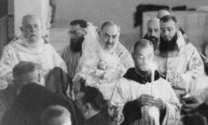 Kada je Padre Pio slavio Božić, Dijete Isus bi se čudesno pojavilo…
