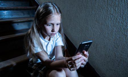 Igrica koja djecu potiče na samoubojstvo ponovno kruži internetom! Kako ih zaštititi