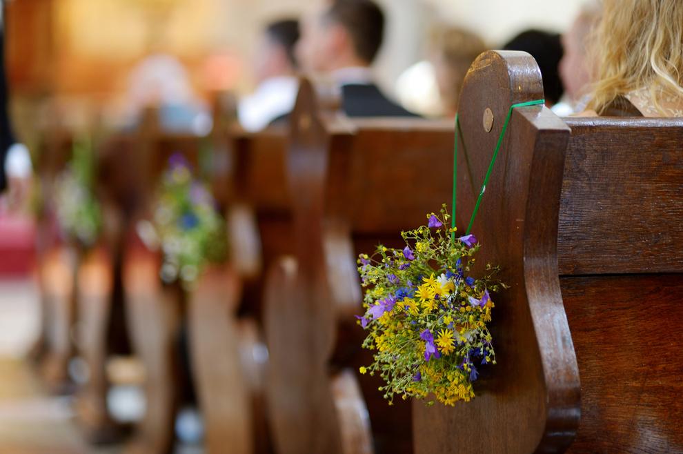 """Otvoreni apel o golotinji u crkvi: """"Ne trebate biti pokrivene od glave do pete. Ali treba biti jasno da je crkva mjesto molitve i bogoštovlja, a ne cirkus"""""""