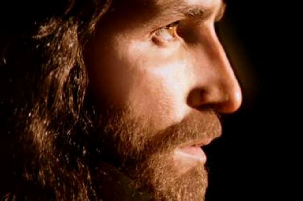 Taj čovjek ima Božju moć, moć Duha, kojom ozdravlja i istjeruje zloduhe koji muče ljudski rod