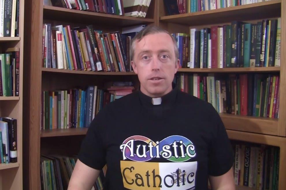 """Svećenik s dijagnozom autizma: """"Za autistične je osobe izglednije da će biti ateisti... netko im treba približiti Evanđelje"""""""