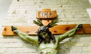 Što znači natpis INRI na Isusovu križu