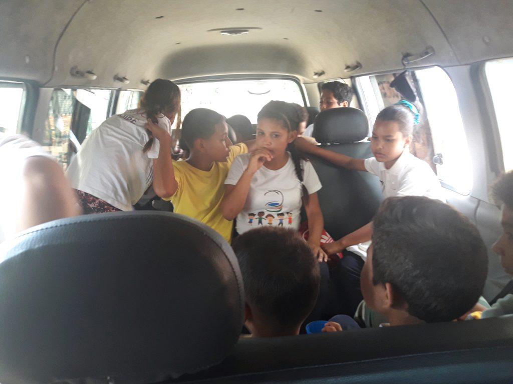 Djeca u kombiju