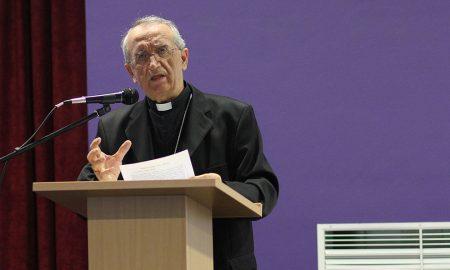 """Mons. Puljić: Razočaran sam što je moj razgovor objavljen u 'Hrvatskom tjedniku' sa slikom pape Franje i uvredljivim naslovom """"Antikrist Pontifex maximus"""""""