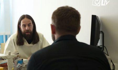 VIDEO Odličan skeč 'Božanstvene komedije': kako izgleda razgovor za posao kod Isusa